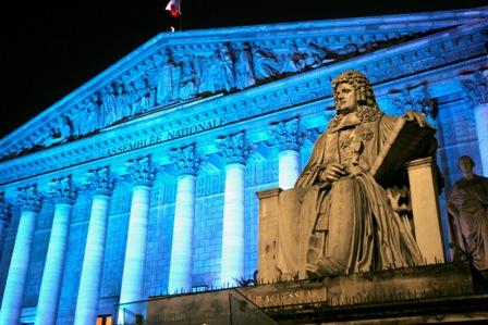 http://didoune.fr/blog/wp-content/uploads/2009/05/assemblee_nationale.jpg